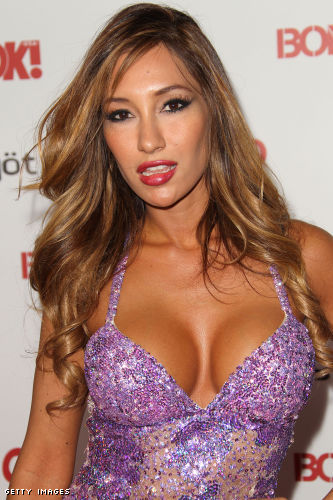 Kea Ho cleavage