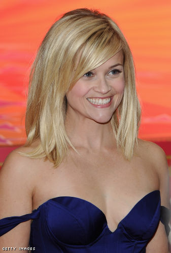 reese witherspoon yellow dress red. Actress Reese Witherspoon