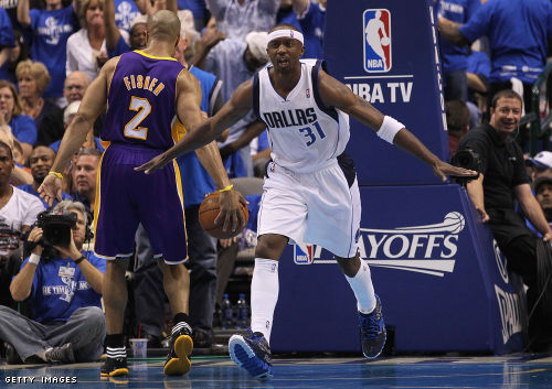 dallas mavericks win over lakers. The victory puts the Mavs in