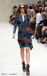 Burberry: Runway - LFW Spring/Summer 2012