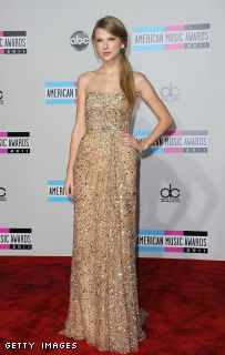Taylor in Reem Acra @  the American Music Awards, in Los Angeles, California, on November 20, 2011