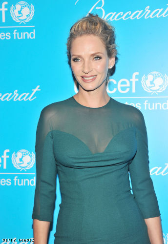 uma thurman cleavage