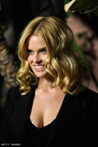 Alice Eve cleavage