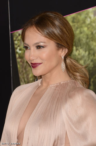 Jennifer Lopez side boob
