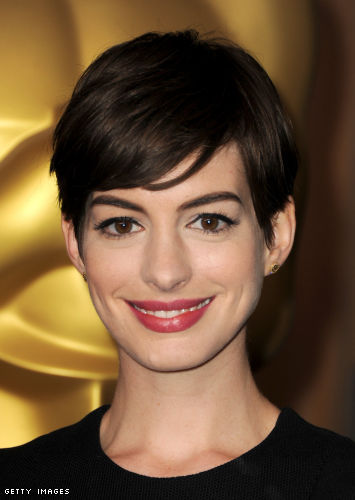 Anne Hathaway Style