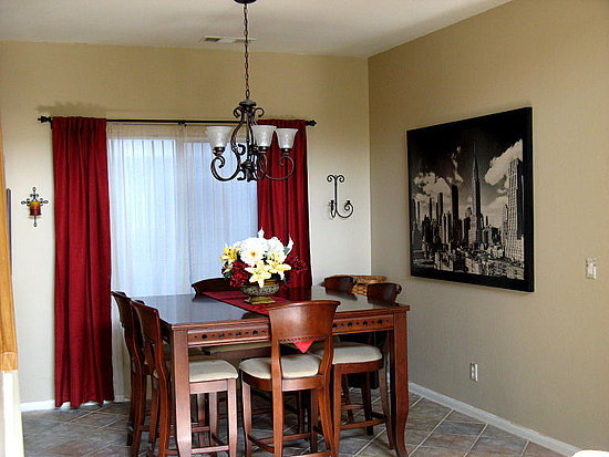 Home And Garden: Dining Room Curtain Designs on Dining Room Curtains  id=85776